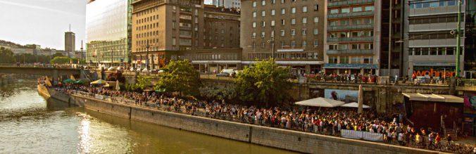 Schirmbar Donaukanal