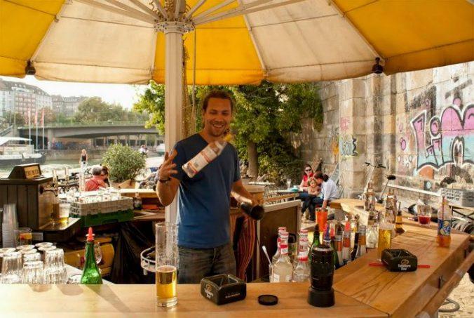 Schirmbar Barkeeper